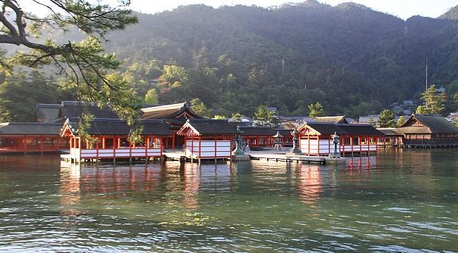 Resultado de imagem para Santuário de Itsukushima