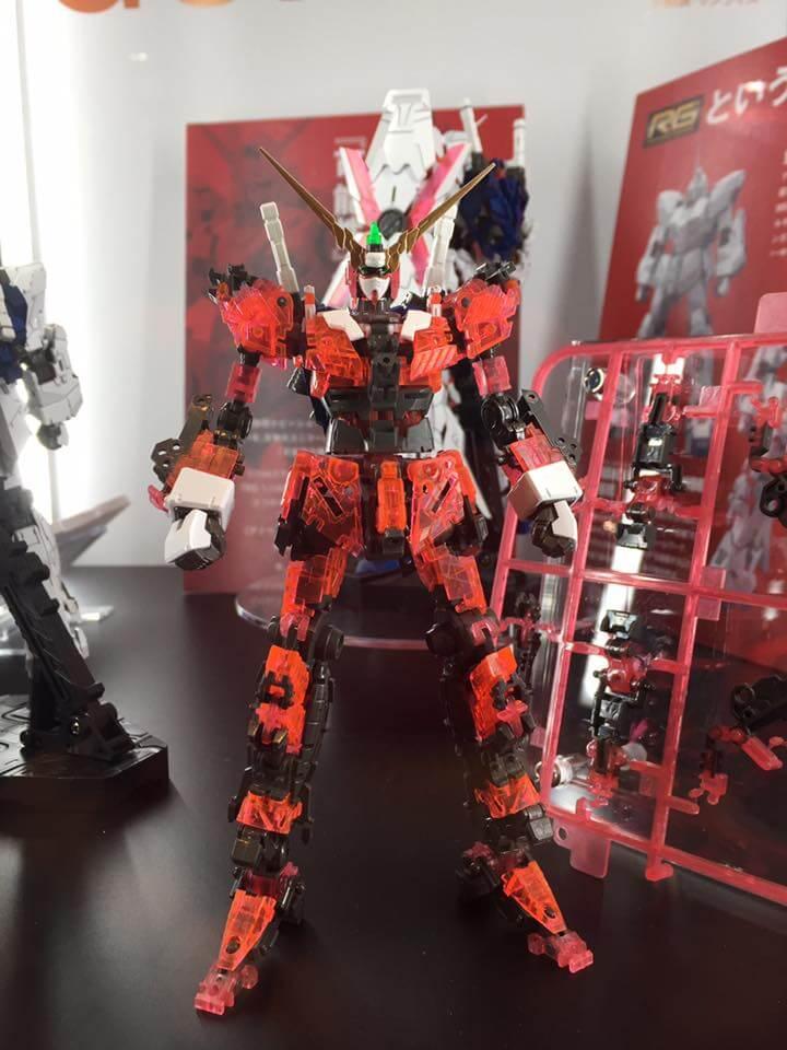 Real Grade 1/144 Gundam Unicorn - Novas Imagens