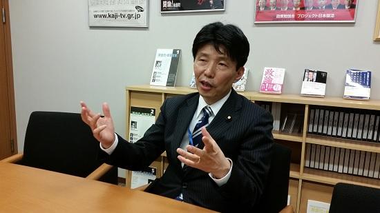 Jogos e Anime Contribuem para Crimes Violentos - Político Japonês | Político pede Desculpa por Associar Anime a Criminalidade
