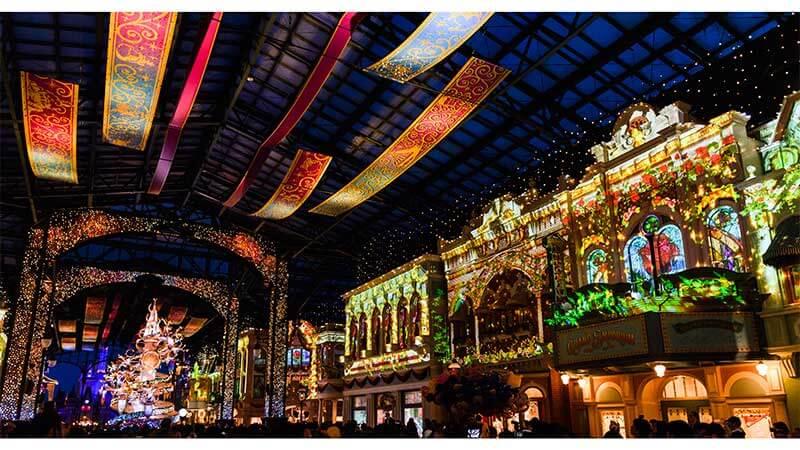 Como é vivido o Natal no Japão tokyo disneyland 1 luzes