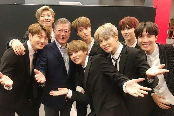 Presidente sul-coreano Moon Jae In mencionou os BTS no discurso do Ano Novo