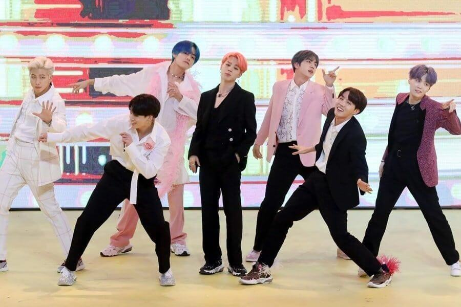 """Boy With Luv"" dos BTS Consegue 2º Single Platina RIAA"