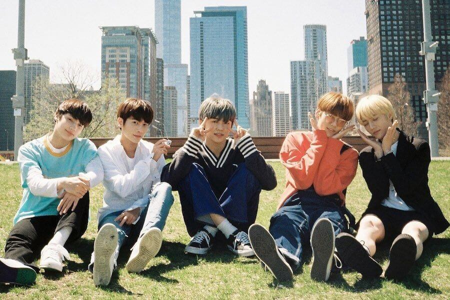 TXT - Nome do Fandom do grupo foi Anunciado | TXT terão próprio show especial Mnet para Comeback