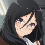 Lista de Empregos no Japão que Proíbem Mulheres de Usar Óculos destaque asuka tanaka hibike