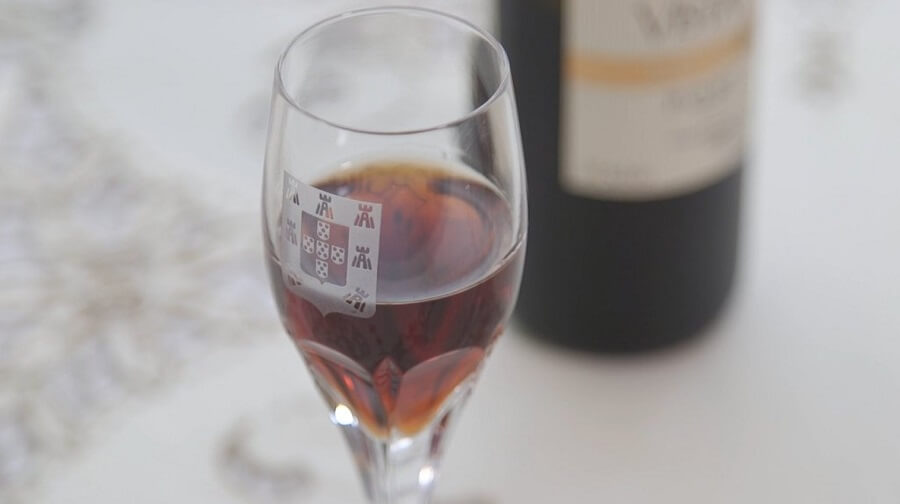 NHK E-Tele - Canal Japonês exibe Episódio sobre Portugal e Japão bebida vinho