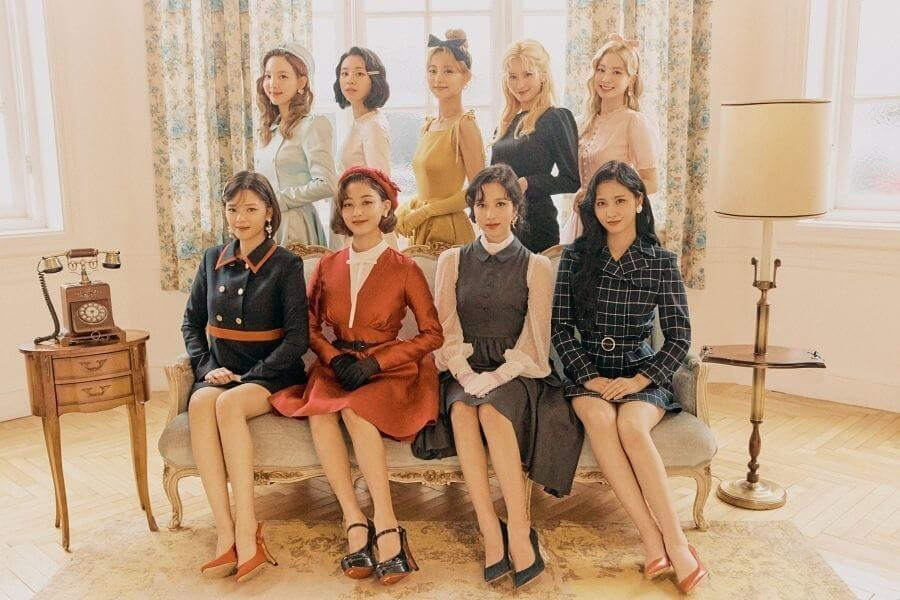 "TWICE no Topo da tabela da Oricon com ""&TWICE"""