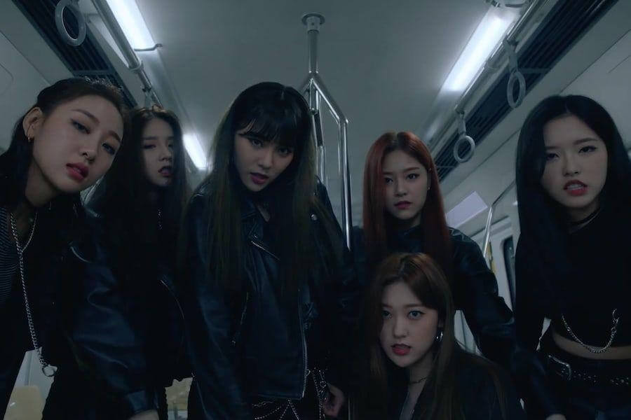 """LOONA regressam com MV Confiante para """"So What"""" LOONA no topo das Tabelas do iTunes com """"#"""""""