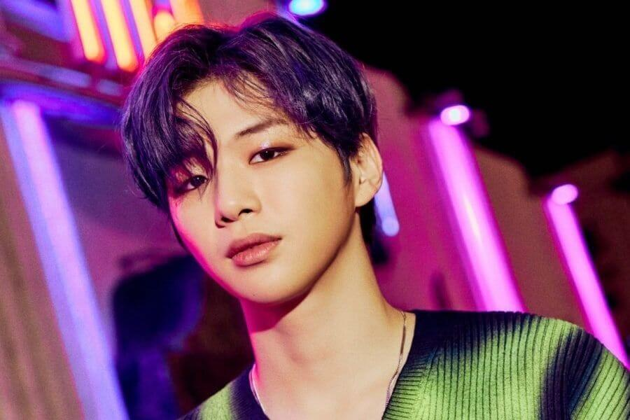 "Kang Daniel no topo das tabelas do iTunes com ""CYAN"" Top Ídolos Mais Reputados de Abril 2020"