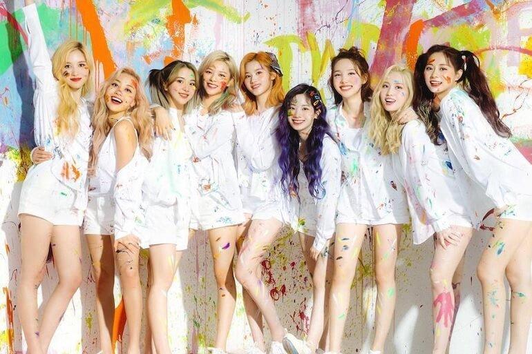 Fanfare das TWICE em 2º Lugar na Oricon