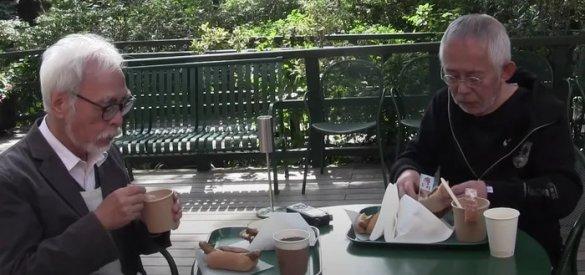 Hayao Miyazaki visita Studio Ghibli Café como Cliente