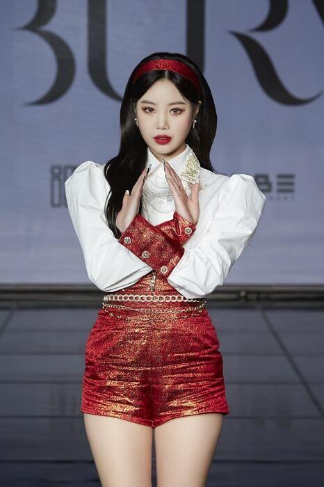 gi-dle hwaa showcase comeback soojin