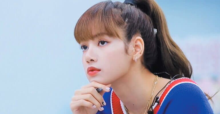 lisa blackpink mentora YOUTH WITH YOU SEASON